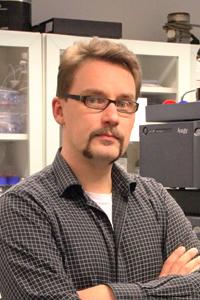 Professori Juha-Pekka Salminen